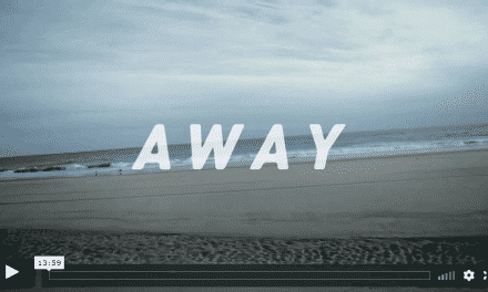 Away – Surfen am Rockaway Beach, New York