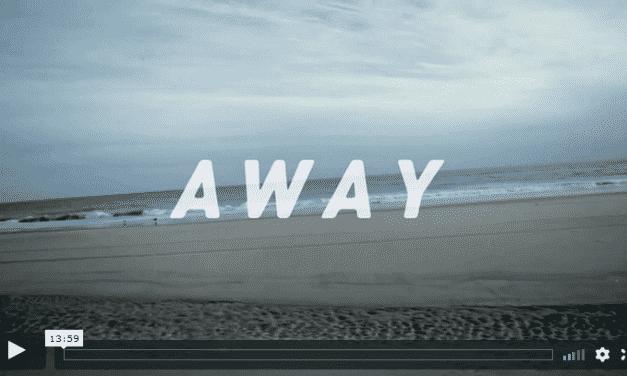 Away – Surfen am Rockaway Beach, New York