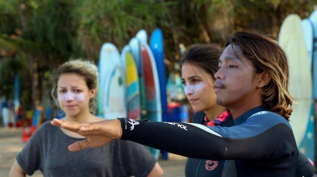 Guiding in der Surf WG Bali