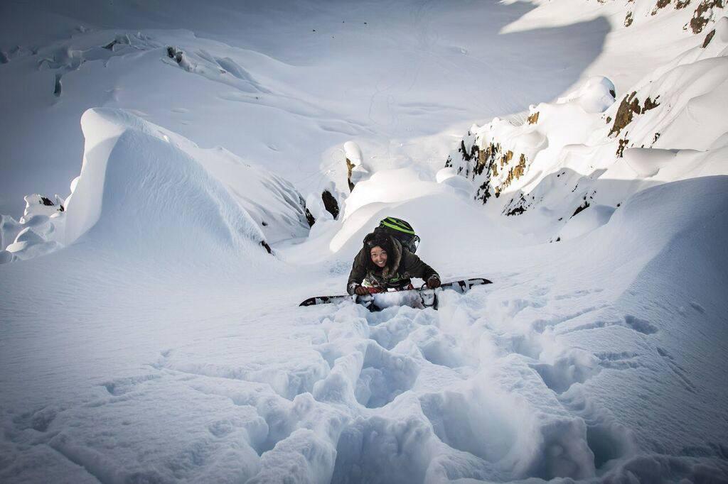 Taylor Godber Alaska, Talon Gillis