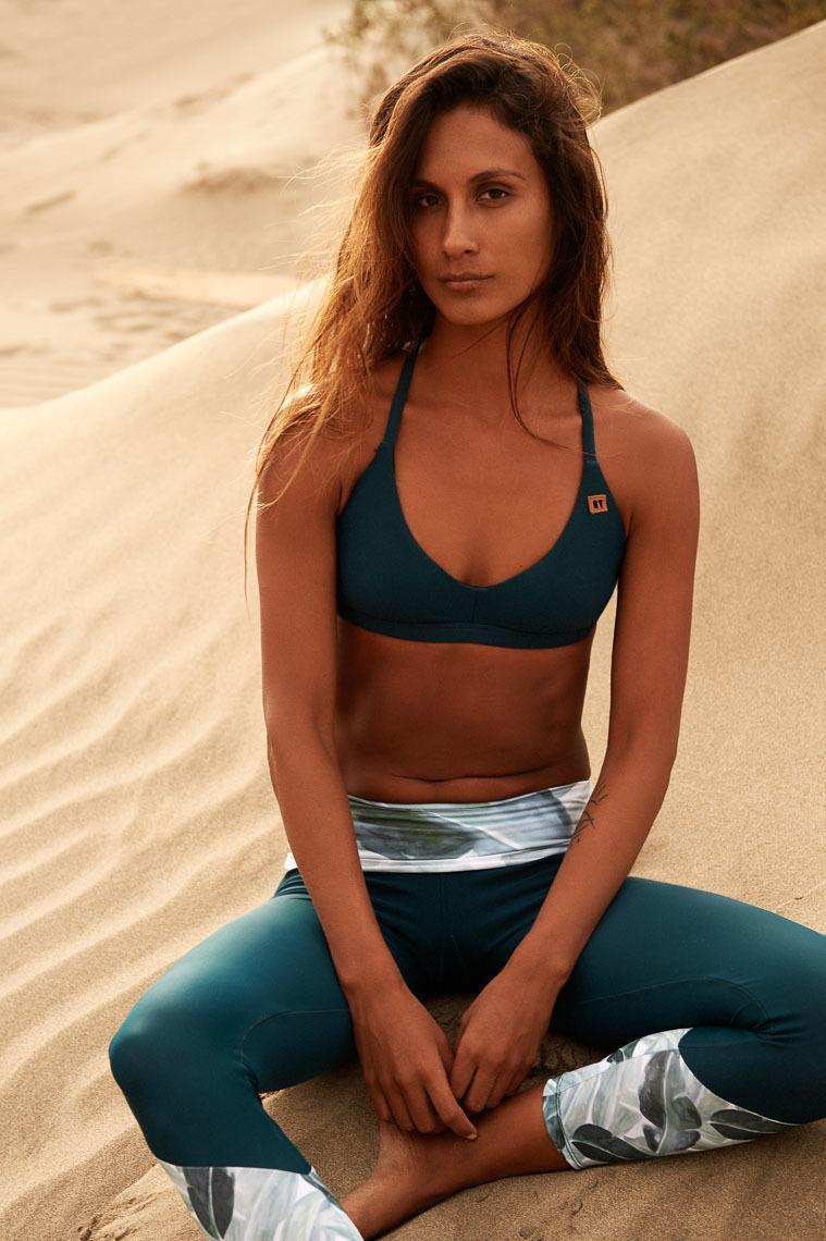 Oy Surf Bikini, Surfbikini