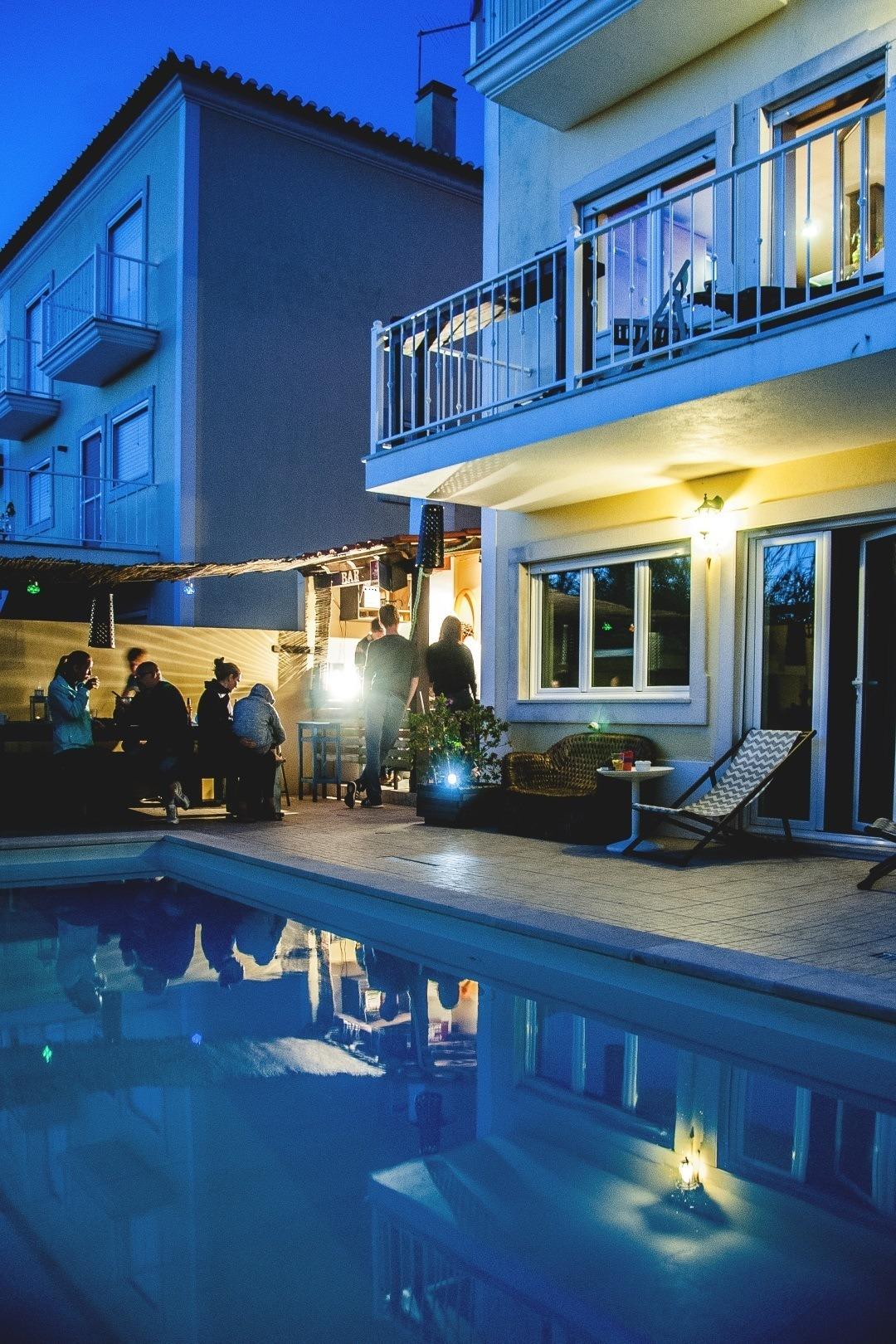 Ferrel Surf House mit Pool
