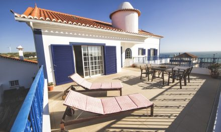 Mellowmove Surfcamp – Ericeira – Portugal