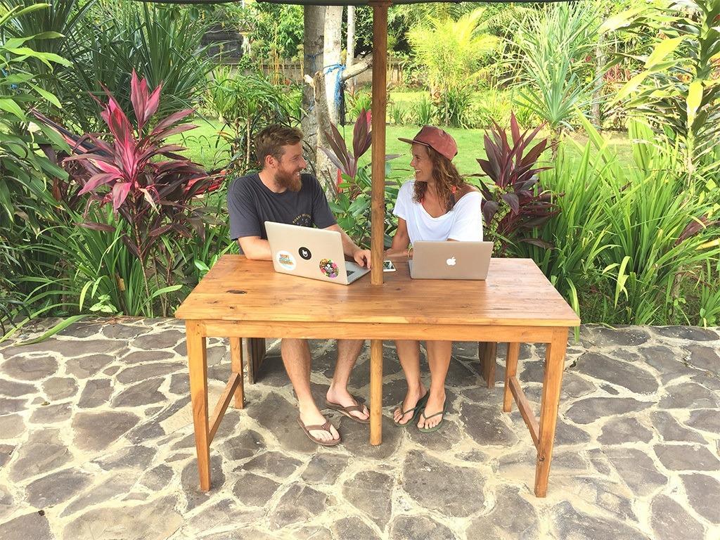 Bloggerin, Meerdevon, Digitale Surfnomadin