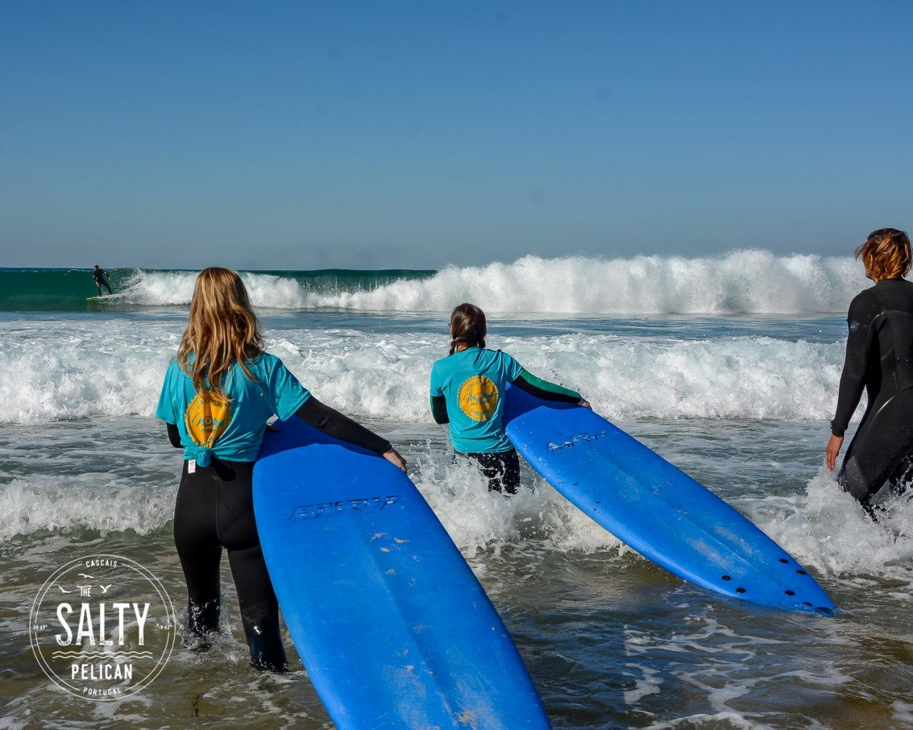 The Salty Pelican Yoga Surf Retreat - Surf Lesson2