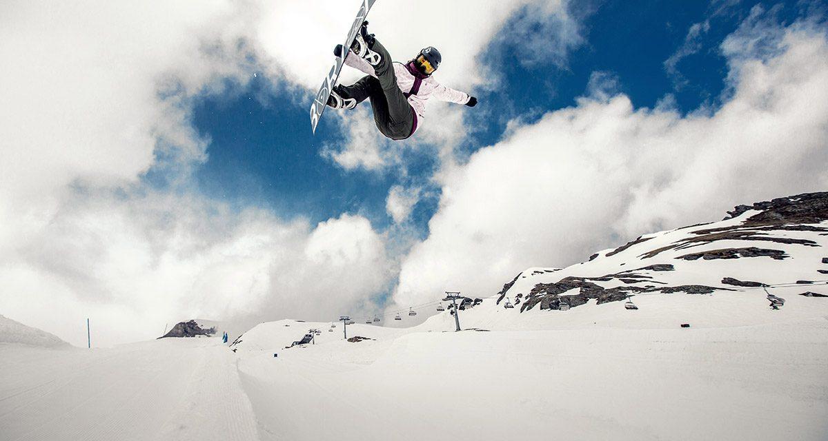 Leilani Ettel – Wie sie ihre Snowboardkarriere und Schule managed