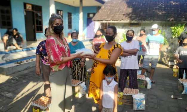 Surferin gründet Verein Nothilfe Bali