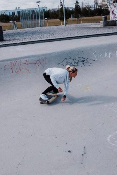 Surfskate Bottomturn Schritt 2