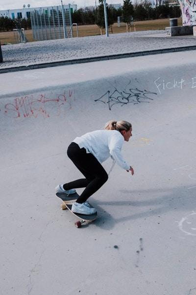 Surfskate Bottomturn Schritt 3