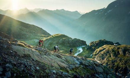 We ride together – das neue MTB Magazin von Golden Ride ist da