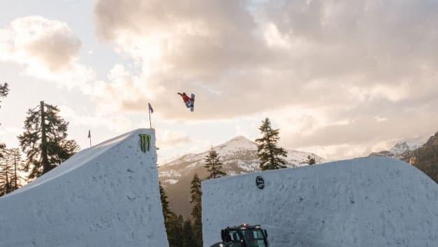 Snowcats: ein reines Frauen Snowboard Video