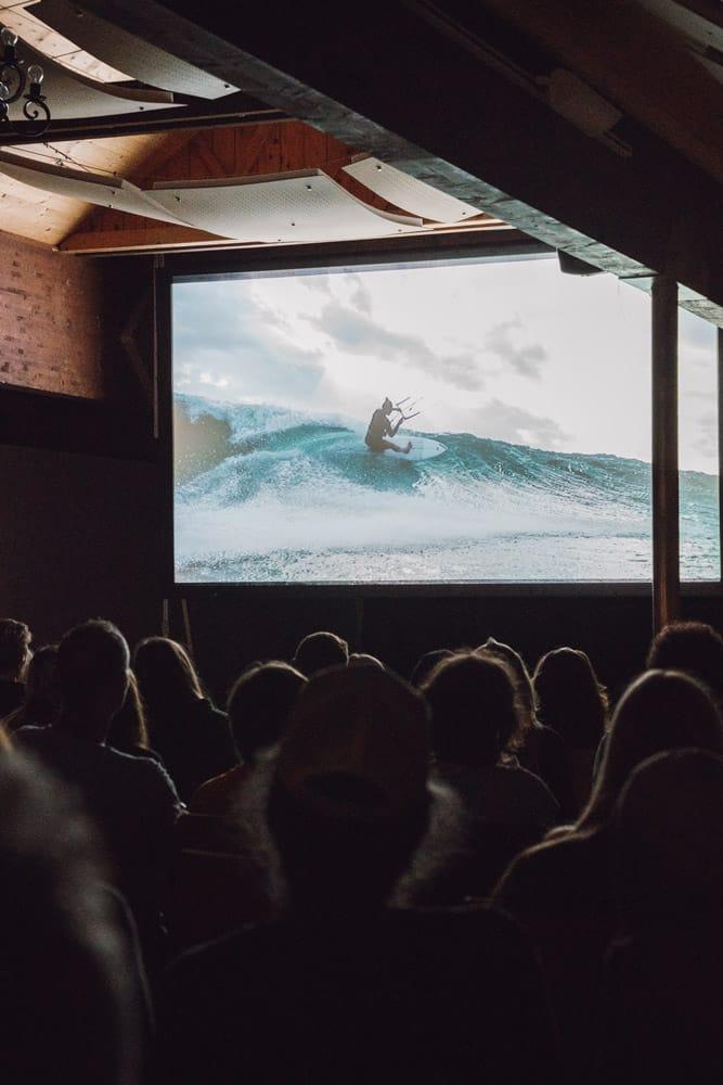 Sörf Film Fest Leinwand
